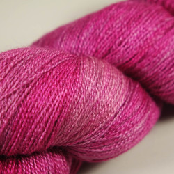 Fyberspates Gleem Lace Farbe: 711 Mixed Magentas