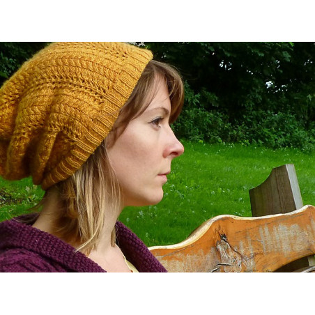 Strickanleitung Slouch Hat Autumn Gold by Faye Perriam