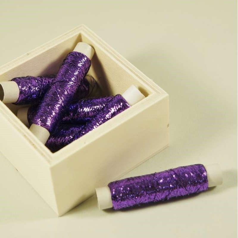 Au ver à soie Beiauffaden aus Seide - Fb: 112 violett hochglänzend